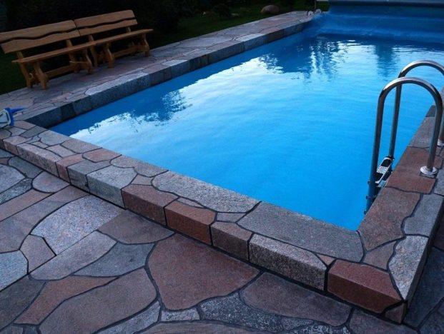 Дикий камень для декорирования бассейнов